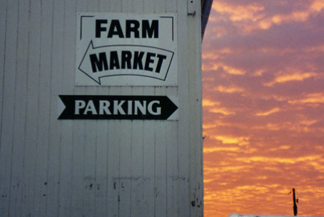 Farm Market Parking